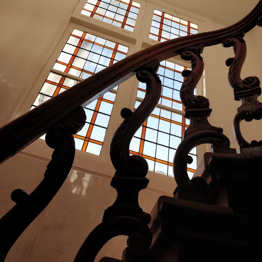 glas-in-lood trappenhuis Prins Hendrikkade Amsterdam